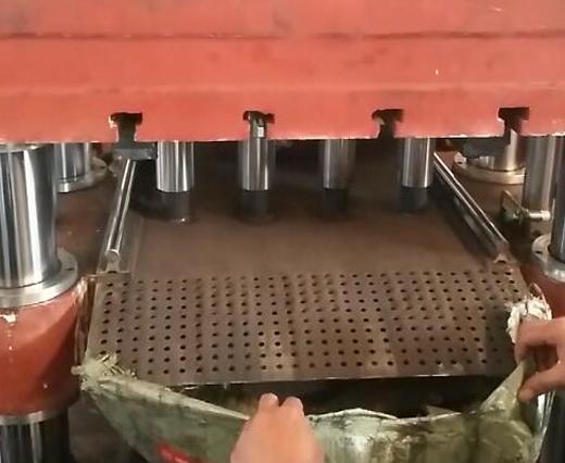 铁粉成型液压机