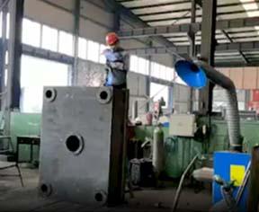 多功能液压机焊接视频