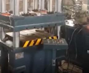 四柱薄板拉伸液压机视频