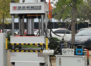 200T伺服液压机伺服系统的工作特点