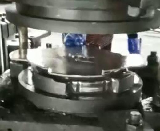 离合器壳成型液压机